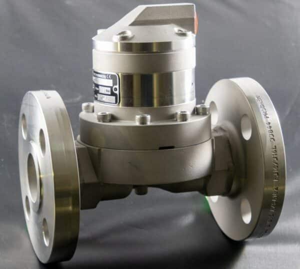 MP050 - Flanged - Trimec MP Series Positive Displacement Flow Meter
